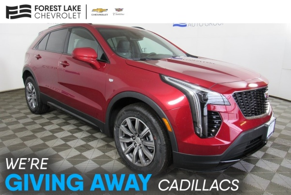 2020 Cadillac XT4 in Forest Lake, MN