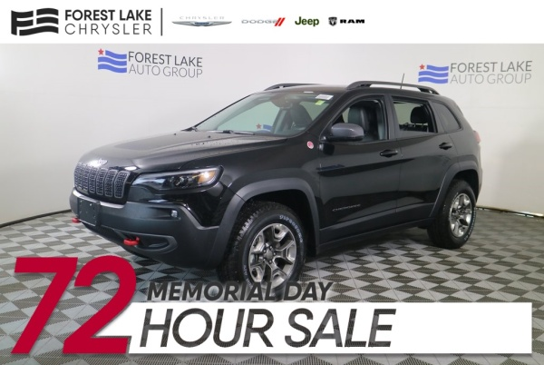 2019 Jeep Cherokee in Forest Lake, MN
