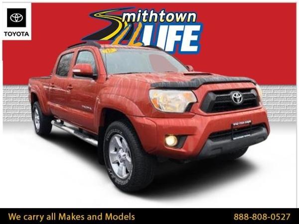 2015 Toyota Tacoma in Smithtown, NY
