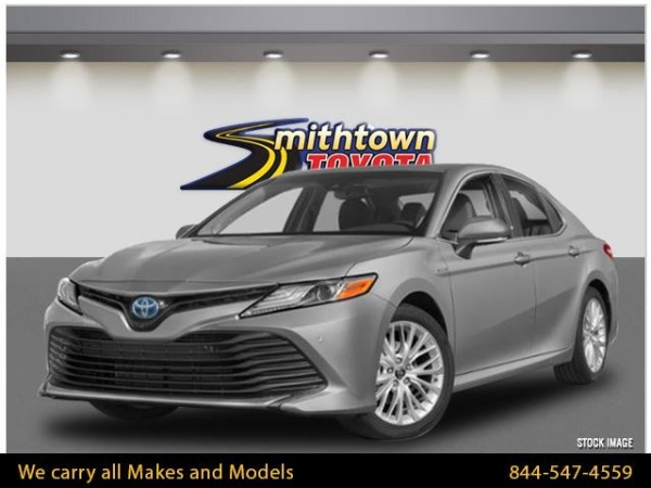 2020 Toyota Camry in Smithtown, NY