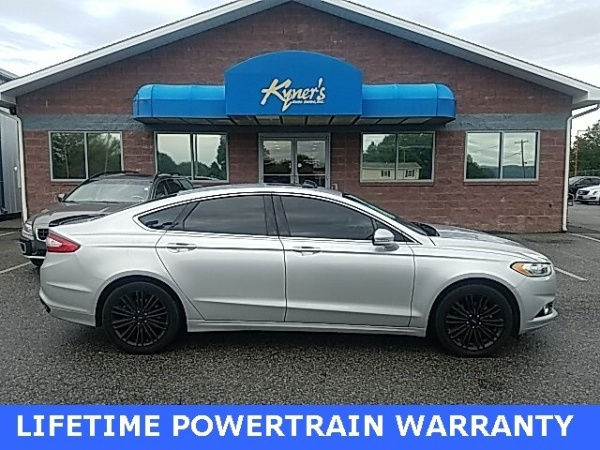 2016 Ford Fusion in Chambersburg, PA