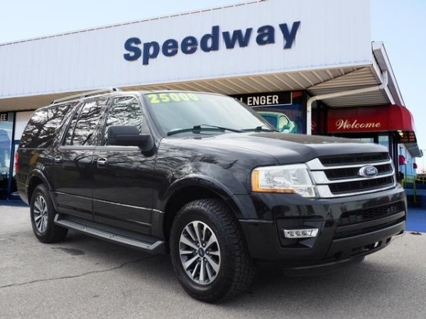 2015 Ford Expedition in Lansing, KS