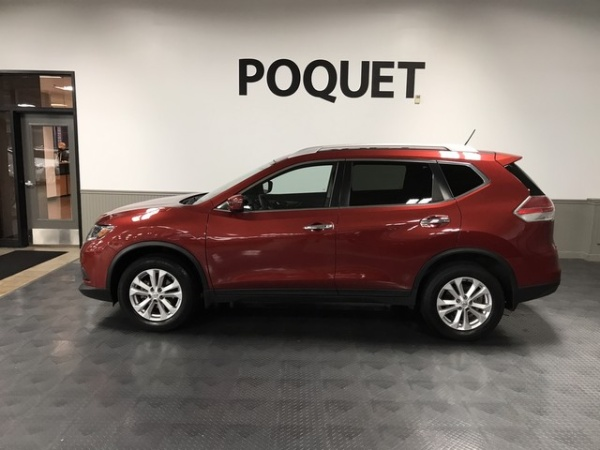 2016 Nissan Rogue in Golden Valley, MN