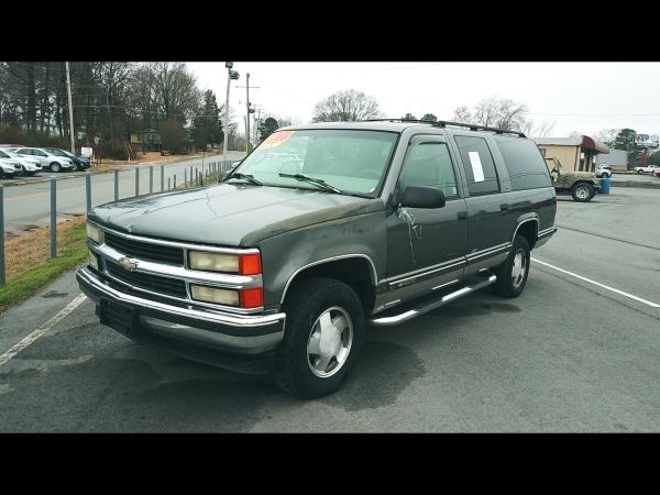 1999 Chevrolet Suburban in Jacksonville, AR