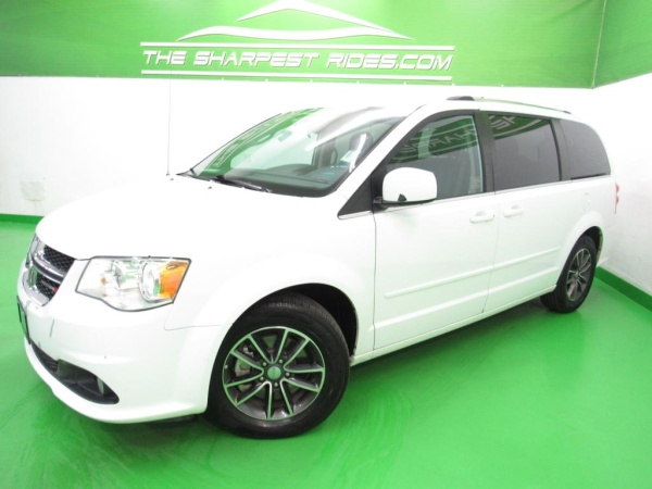 2017 Dodge Grand Caravan in Englewood, CO