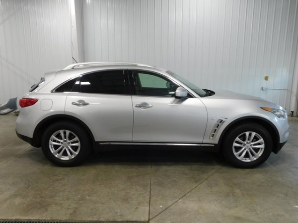2015 INFINITI QX70 in Middletown, OH