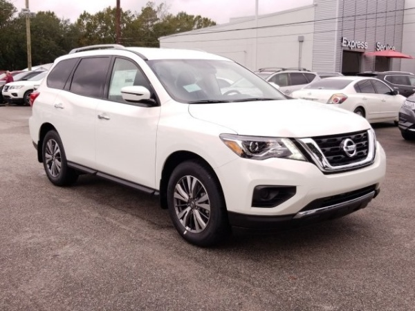 2020 Nissan Pathfinder in North Charleston, SC