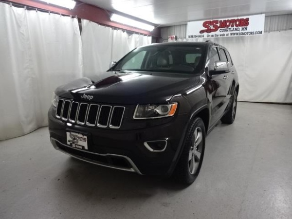 2016 Jeep Grand Cherokee in Courtland, MN
