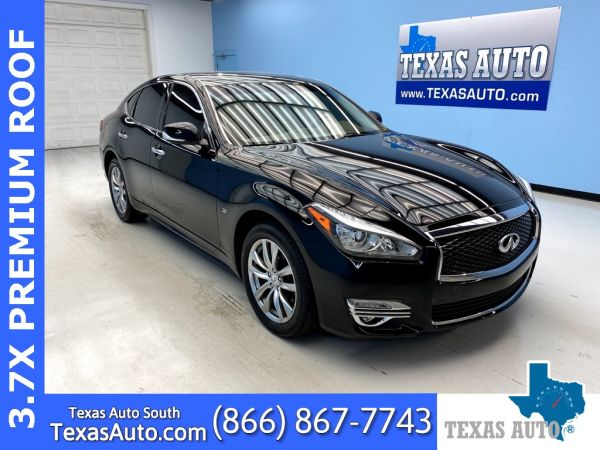 2016 INFINITI Q70 in Webster, TX