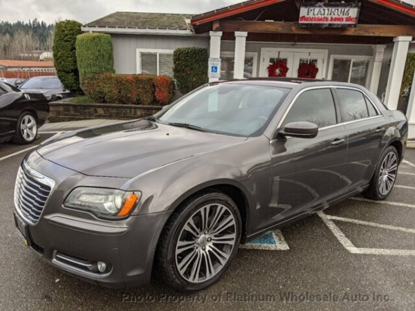 2013 Chrysler 300 in Woodinville, WA