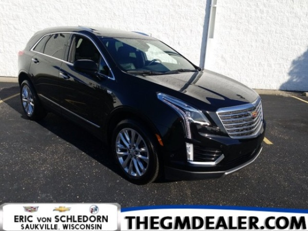 2019 Cadillac XT5 in Saukville, WI