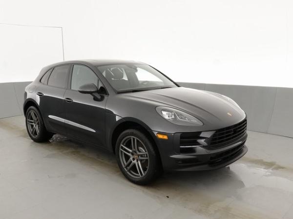 2020 Porsche Macan in Farmington Hills, MI