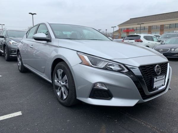 2020 Nissan Altima in Columbus, OH