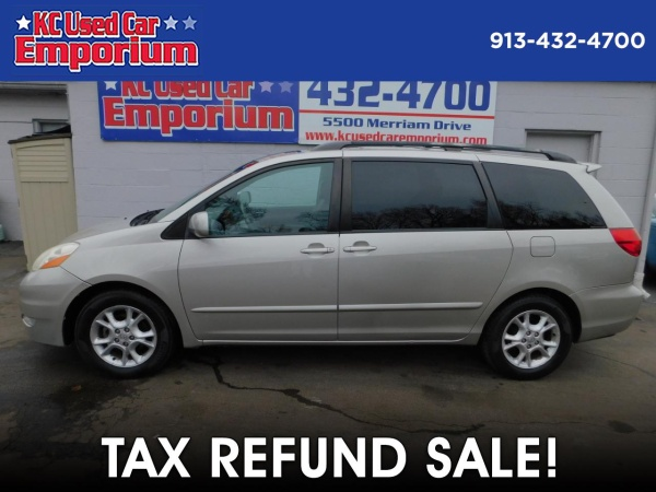2006 Toyota Sienna in Merriam, KS