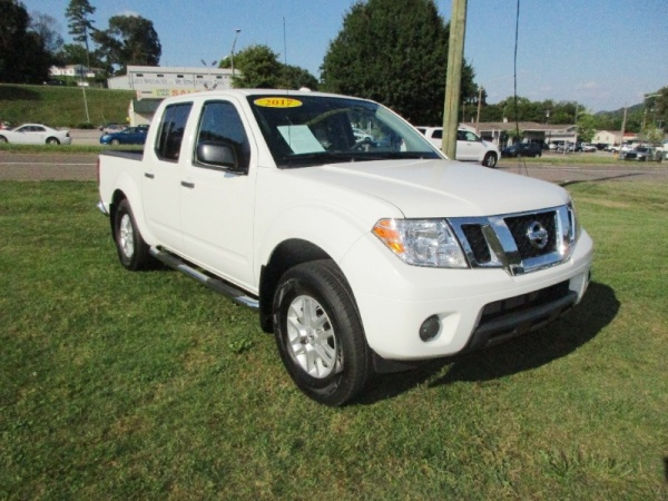 2017 Nissan Frontier in Knoxville, TN
