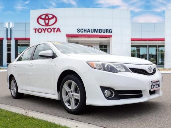 2012 Toyota Camry in Schaumburg, IL