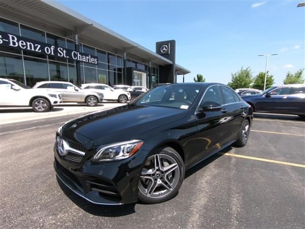 Mercedes Benz St Charles Illinois - Kacper Roy
