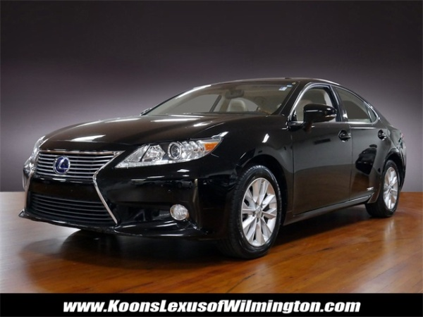 2013 Lexus ES in Wilmington, DE