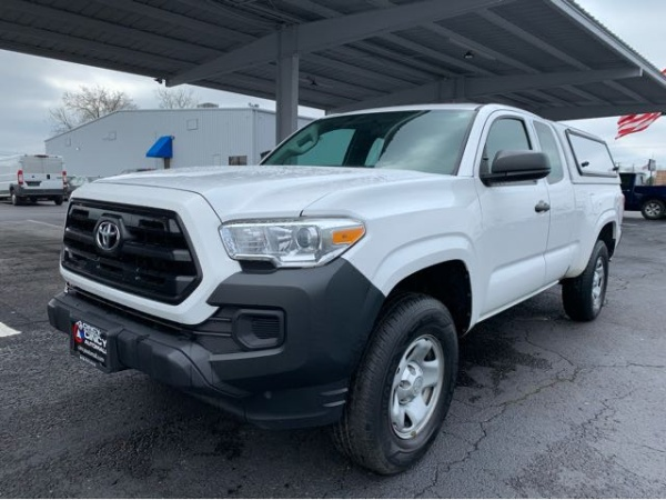 2016 Toyota Tacoma in Fairfield, OH