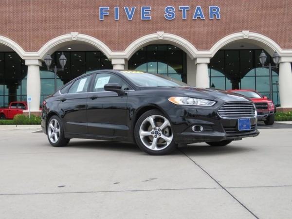 2016 Ford Fusion in Carrollton, TX