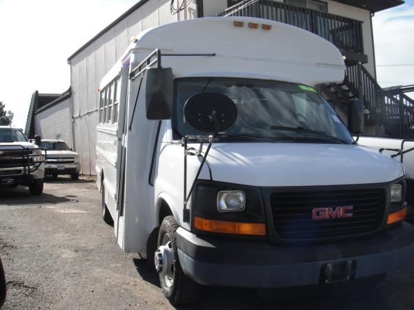 2004 GMC Savana Cutaway C6Y