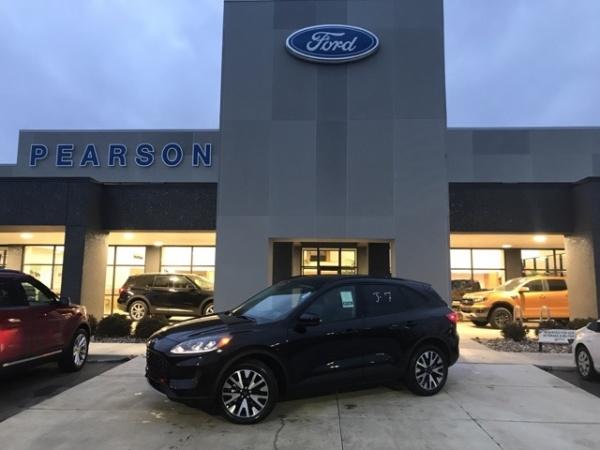 2020 Ford Escape in Zionsville, IN