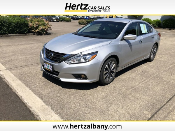 2017 Nissan Altima in Albany, OR