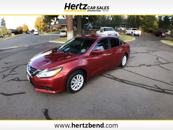 2017 Nissan Altima in Bend, OR
