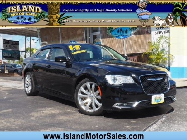 2017 Chrysler 300 in Merritt Island, FL