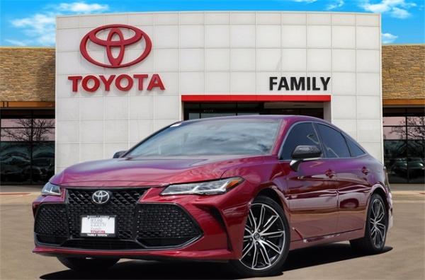 2019 Toyota Avalon in Burleson, TX