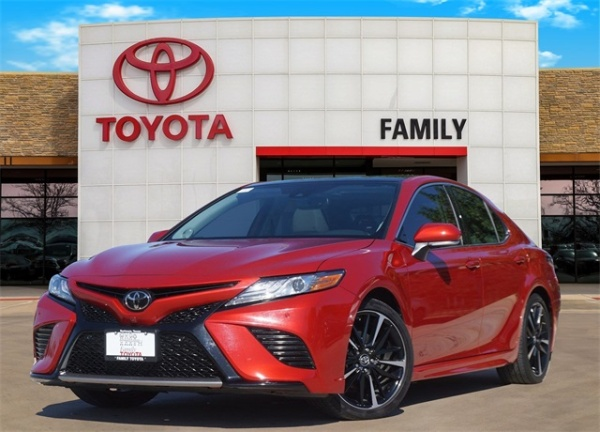 2019 Toyota Camry in Burleson, TX
