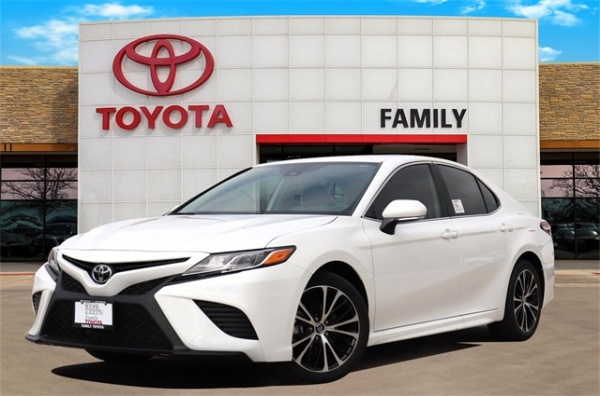 2020 Toyota Camry in Burleson, TX