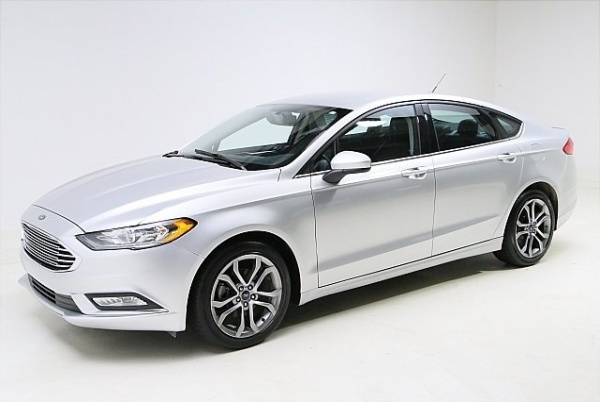 2017 Ford Fusion in Bedford, OH