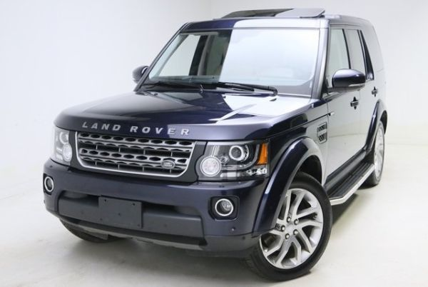 2016 Land Rover LR4 in Bedford, OH