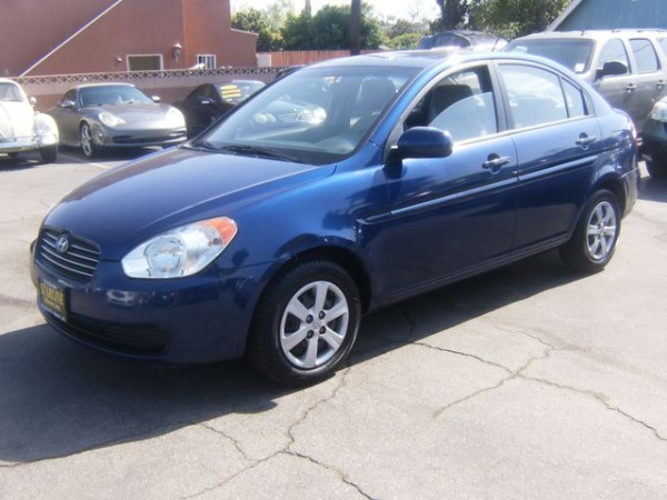 2010 Hyundai Accent in Los Angeles, CA