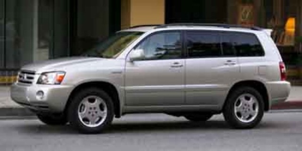 2004 Toyota Highlander in Seymour, IN