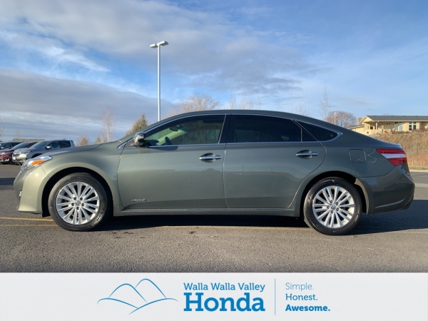 2013 Toyota Avalon in College Place, WA