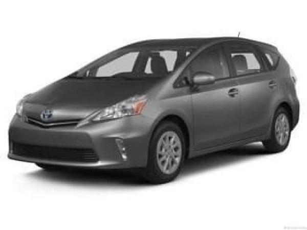 2013 Toyota Prius v in Bullhead City, AZ