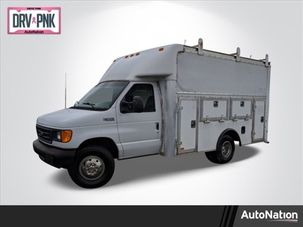 2004 Ford Econoline Commercial Cutaway in Memphis, TN