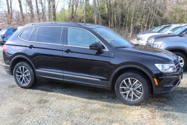 2020 Volkswagen Tiguan in Fairfax, VA