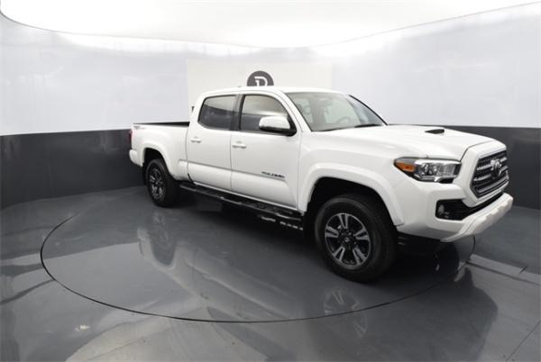 2016 Toyota Tacoma in Tucson, AZ