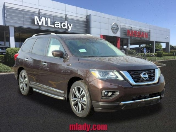 2020 Nissan Pathfinder in Crystal Lake, IL