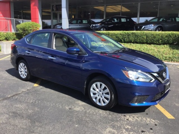 2016 Nissan Sentra in Crystal Lake, IL