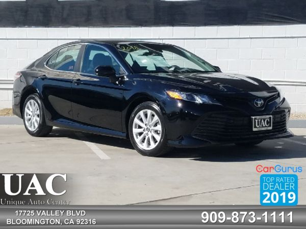 2018 Toyota Camry in Bloomington, CA