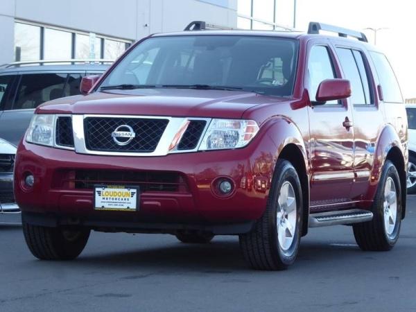 2011 Nissan Pathfinder in Leesburg, VA