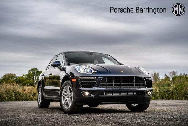 2018 Porsche Macan in Barrington, IL