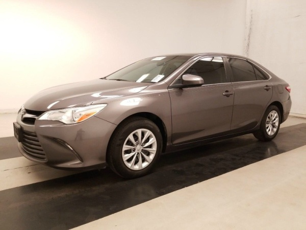 2016 Toyota Camry in Del Valle, TX