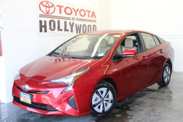 2017 Toyota Prius in Hollywood, CA