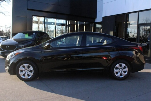 2016 Hyundai Elantra in Shrewsbury, NJ