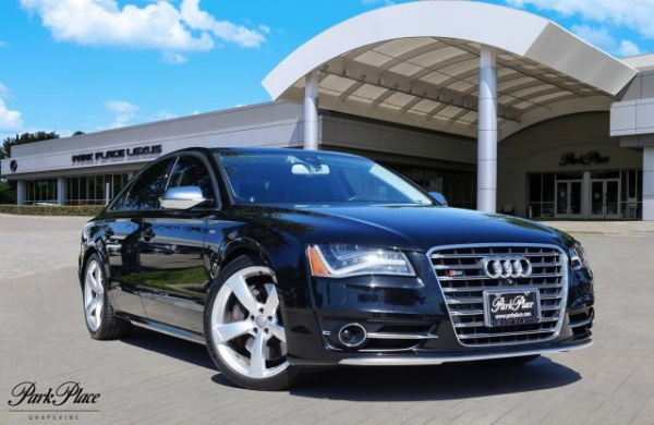 2014 Audi S8 in Grapevine, TX